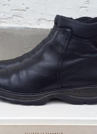 Кожаные демисезонные ботинки полуботинки gosoft 38 р.