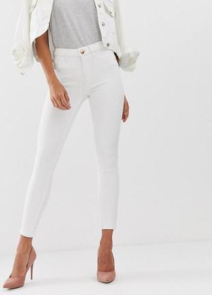 . белые котоновые джинсы скини размер s