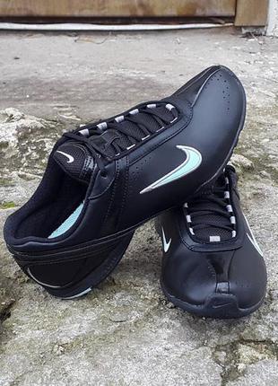 Кожаные кроссовки для тренировок nike air cardio 36 р. оригинал