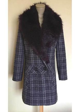 Доступно - деми-пальто со съемным меховым воротником *edina ro...