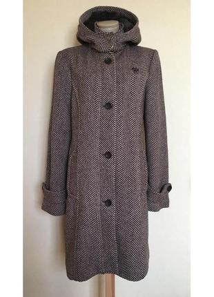 Доступно - деми-пальто со съемным меховым капюшоном *edc by es...