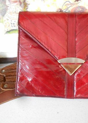 #made in korea#красный кожаный клатч #маленькая сумочка внутри...