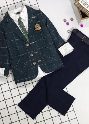 Пиджак++рубанка+джинсы+галстук+ремень