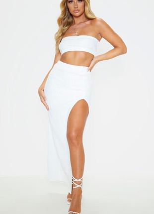 Макси юбка с пикантным разрезом