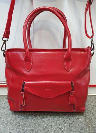 Стильная женская сумка из натуральной гладкой кожи красного цв...