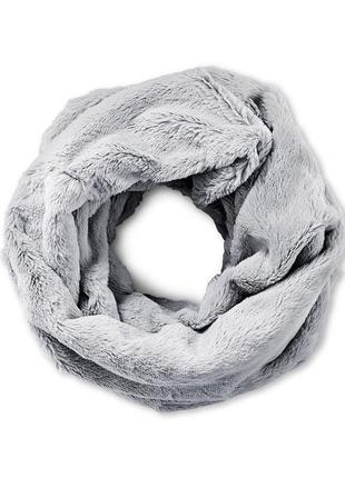 Плюшевый шарф, снуд