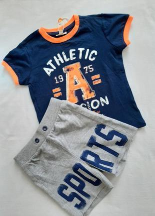 Комплект для  мальчика 86 см ( футболка , шорты ) ovs
