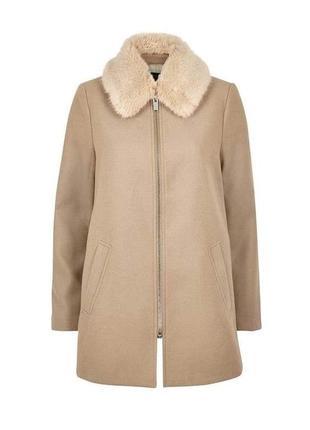 В наличии - деми-пальто со съемным меховым воротником *river i...