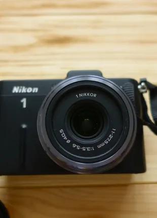 Фотоаппарат Nikon V1 kit 11-27.5mm