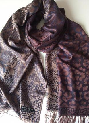 Красивый шарф-палантин, пашмина в принт