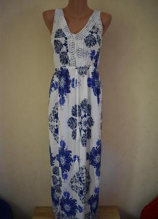 Легкое красивое натуральное платье с принтом