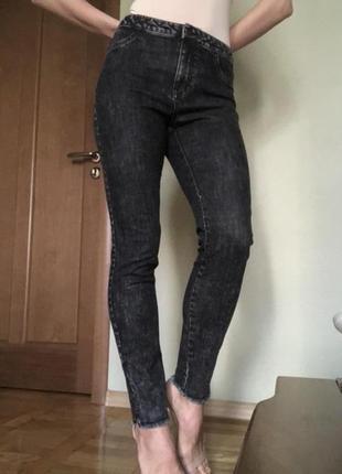 Новые чёрные джинсы варенки с бирками armani exchange (оригинал)