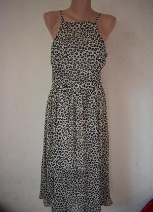 Новое легкое платье с актуальным принтом abercrombie & fitch