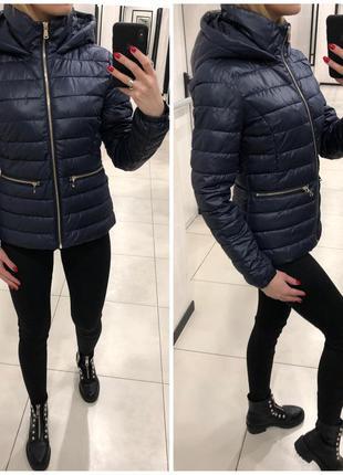 Синяя стёганая куртка курточка на синтепоне. mohito. размеры у...