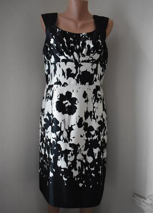 Красивое платье с принтом phase eight
