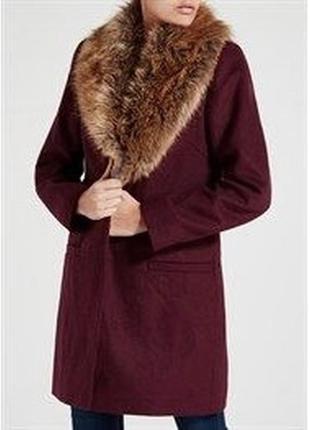 В наличии - деми-пальто со съемным меховым воротником *papaya*...