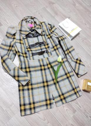 Крутое модное демисезонное весеннее пальто в клетку клеточку