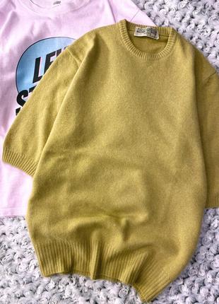 Шерстяной свитер-футболка с ангорой