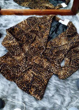 Трендовый вельветовый жакет с леопардовым принтом