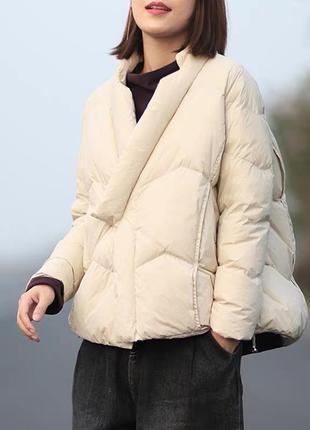Короткая куртка свободного кроя трапеция