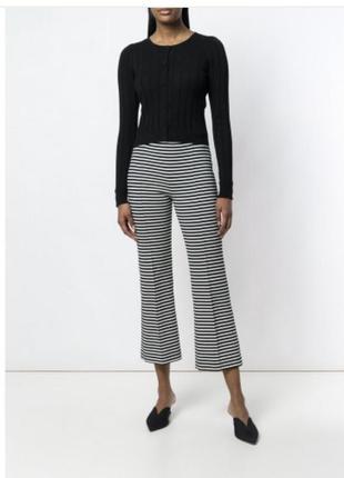 Очень стильный черный кардиган/свитер на пуговках