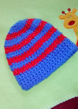 Ажурная вязанная шапочка