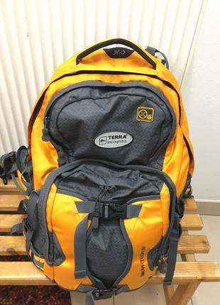 Terra incognito 30л рюкзак. є кріплення для лиж і сноуборда