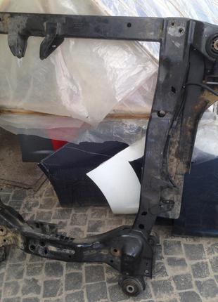 Балка траверса передней подвески подрамник Opel Astra J 13327078