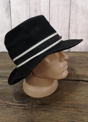 Шляпа стильная, фетровая черная