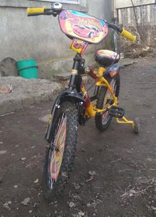 Продам дитячий велосипед із додатковими колесами