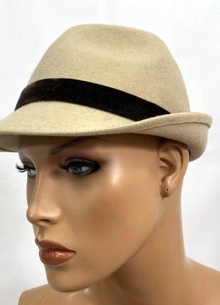 Шляпка фетровая, светлая, качественная