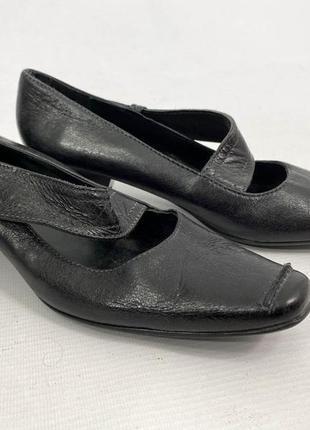 Туфли стильные кожаные manfield, черные