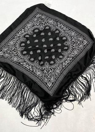 Платок стильный c&a, черный с бахромой