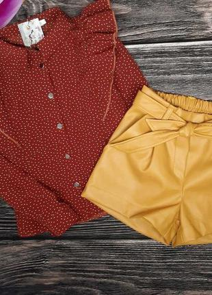 Костюмчик  блуза с шортиками