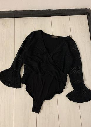 Красивый чёрный боди большого размера