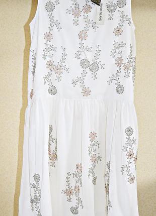 Шикарное, полностью расшитое бисером и стразами, платье фирмы ...