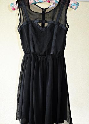 Шикарное воздушное шифоновое платье фирмы tally weijl