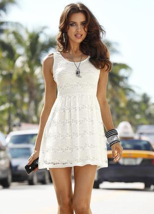Шикарное, легкое, очень красивое кружевное платье фирмы laura ...
