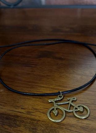 """Кулон на шею """"велосипед с сердцами"""" цвет антик, с кожаным шнур..."""