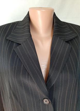 Новый пиджак в полоску базовый жакет biaggini