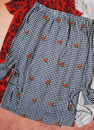 Тотальная распродажа! красивейшее платье с вышивкой и открытым...