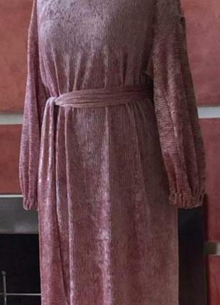 Шикарное велюровое платье размер 48-50