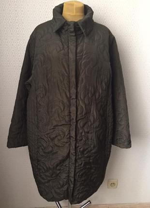 Легкое стёганное пальто, германия, размер укр примерно 60-62-64