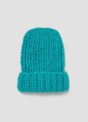 Вязаная голубая шапка zara