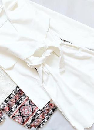 Белое пальто на запах италия