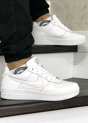 Кросівки Nike FORCE