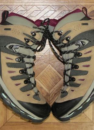 Треккинговые  ботинки salomon quest 4d gore-tex{оригинал}р.38