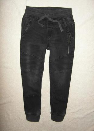 Джинсы, джоггеры, штаны на 10-12 лет с оригинальной прострочкой