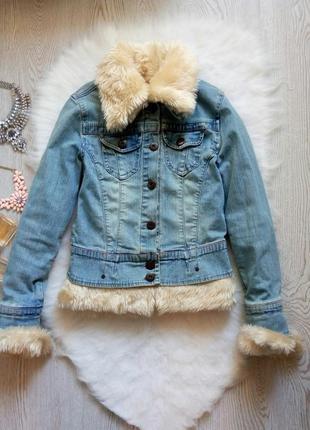 Двухсторонняя джинсовая куртка со сьемным светлым мехом шерпа ...