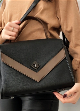 Женская элегантная сумочка, сумка чемоданчик с ремешком через ...